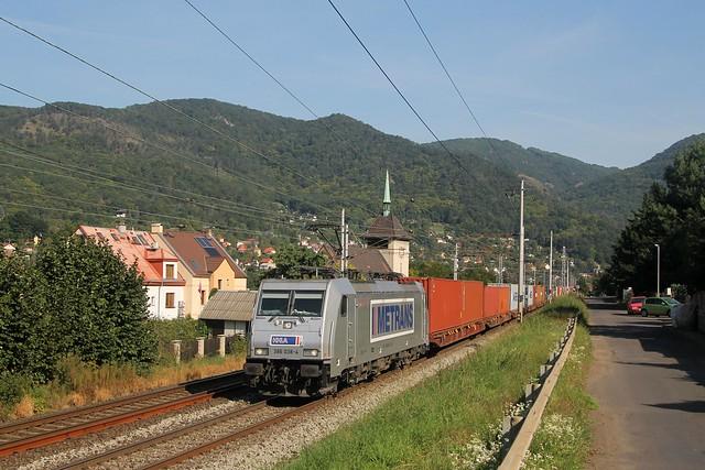 Metrans 386 038-4 bij Vaňov op 8-9-2021