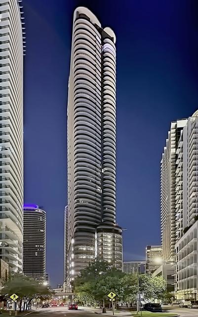 Brickell Flatiron, 1001 S Miami Avenue, Miami, Florida, USA / Built: 2019 / Architect: Luis Revuelta ; Massimo Iosa Ghini / Floors: 64 / Height: 736 ft / Units: 527 / Developer: CMC Group