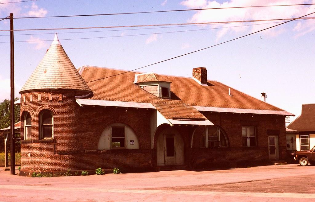 Rouses Point NY D&H station September 1982