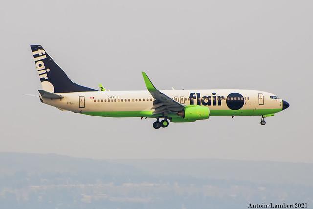 Flair Airlines boeing 737-86J C-FFLJ YYC