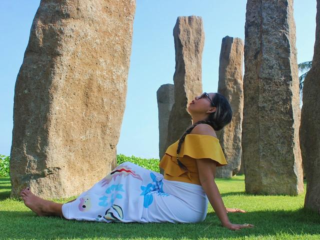 Wati et les Menhirs, Bali
