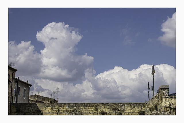 Pitigliano, aerial & cluds