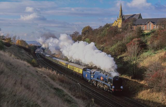 35005 At Barrow Hill.  20/11/1999.
