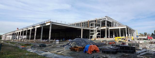Amazon, building construction, Oct 19, 2021