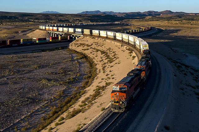 BNSF 4277 E Z STOWS8 17L Truxton, AZ