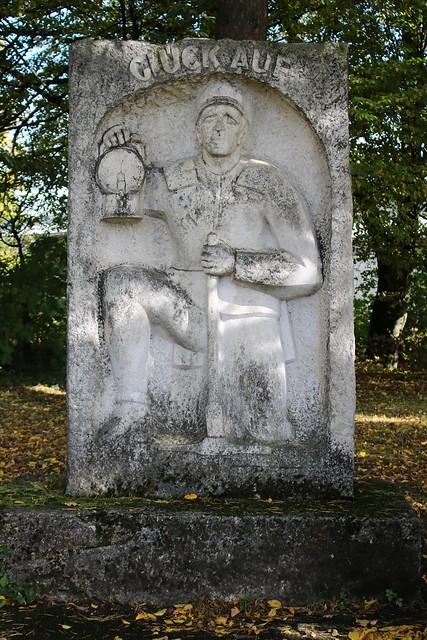 Wolfsegg-Traunthaler Kohlenwerks AG: GLÜCK AUF - Denkmal für die ehemalige Zentralsortierungsanlage Ampflwang