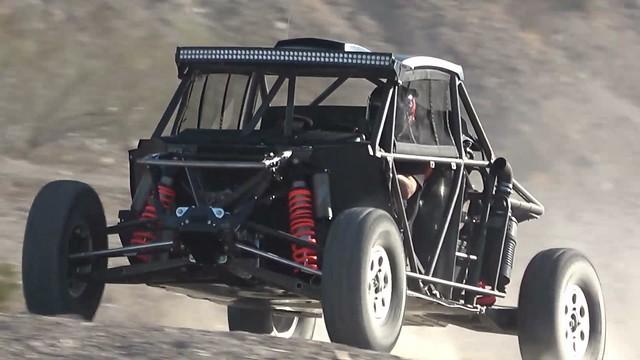 4x4 SPEED UTV by Robby Gordon: VIDEO – First production racer run / Jungfernfahrt des ersten in Serie gefertigen Modells!