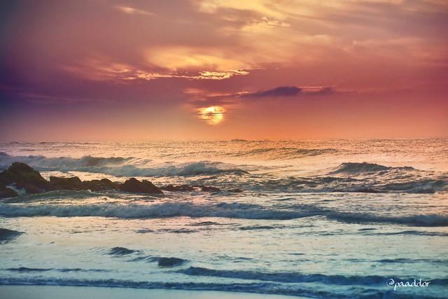 Sunrise in Seenimodera (Sri Lanka)