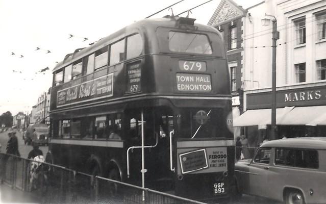 London Transport GGP693