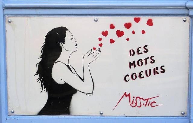 Des Mots Coeurs, Street art by Miss.Tic, Paris 5ème