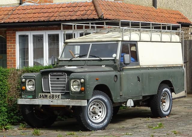 1982 Land Rover 109