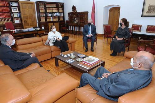 Visita institucional del Presidente Tribunal Constitucional República Dominicana a la UVa