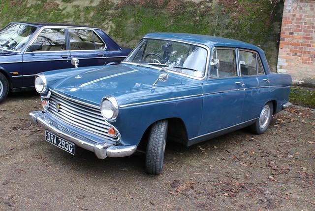 215 Morris Oxford (Farina) Series VI (1969) DRA 293 G