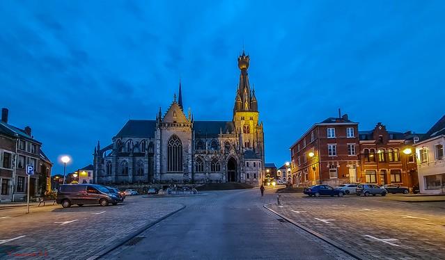 10277 - Basilique de Walcourt