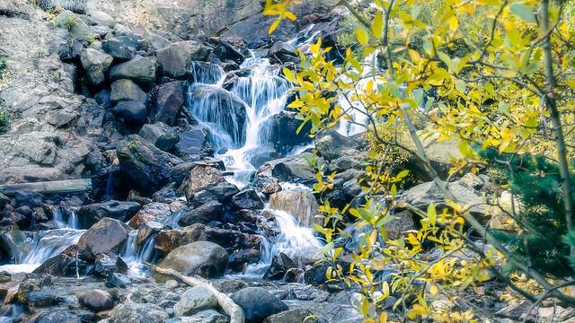 Guannela Pass Waterfall