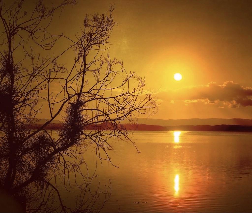 … smoothly dreamy … Lake Macquarie NSW Australia.