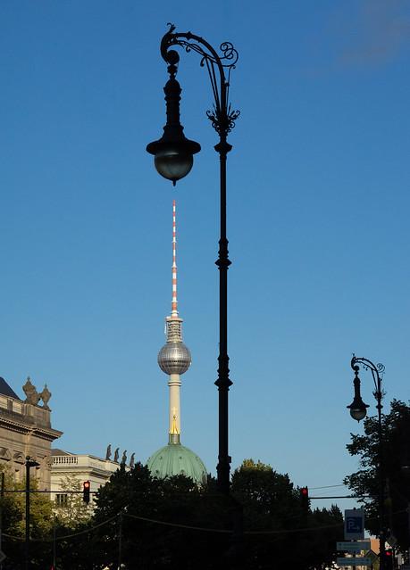 Berliner Spaziergang-03 Unter den Linden