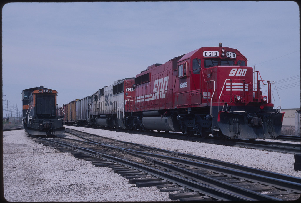 Candy Apple Red SD40-2