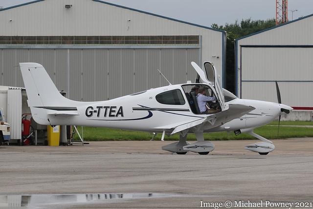 G-TTEA - 2017 build Cirrus SR20, visiting Hawarden