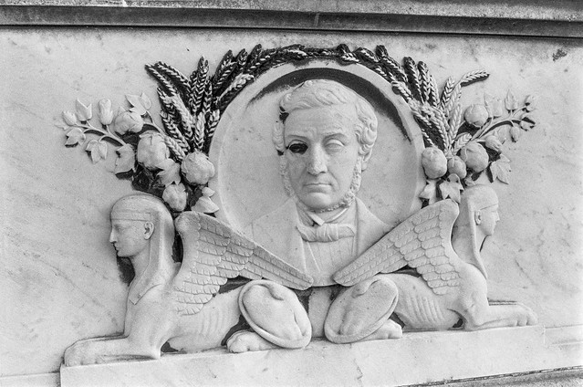 Bas-relief, Tomb, West Norwood Cemetery, West Norwood, Lambeth, 1991, 91-9k-25