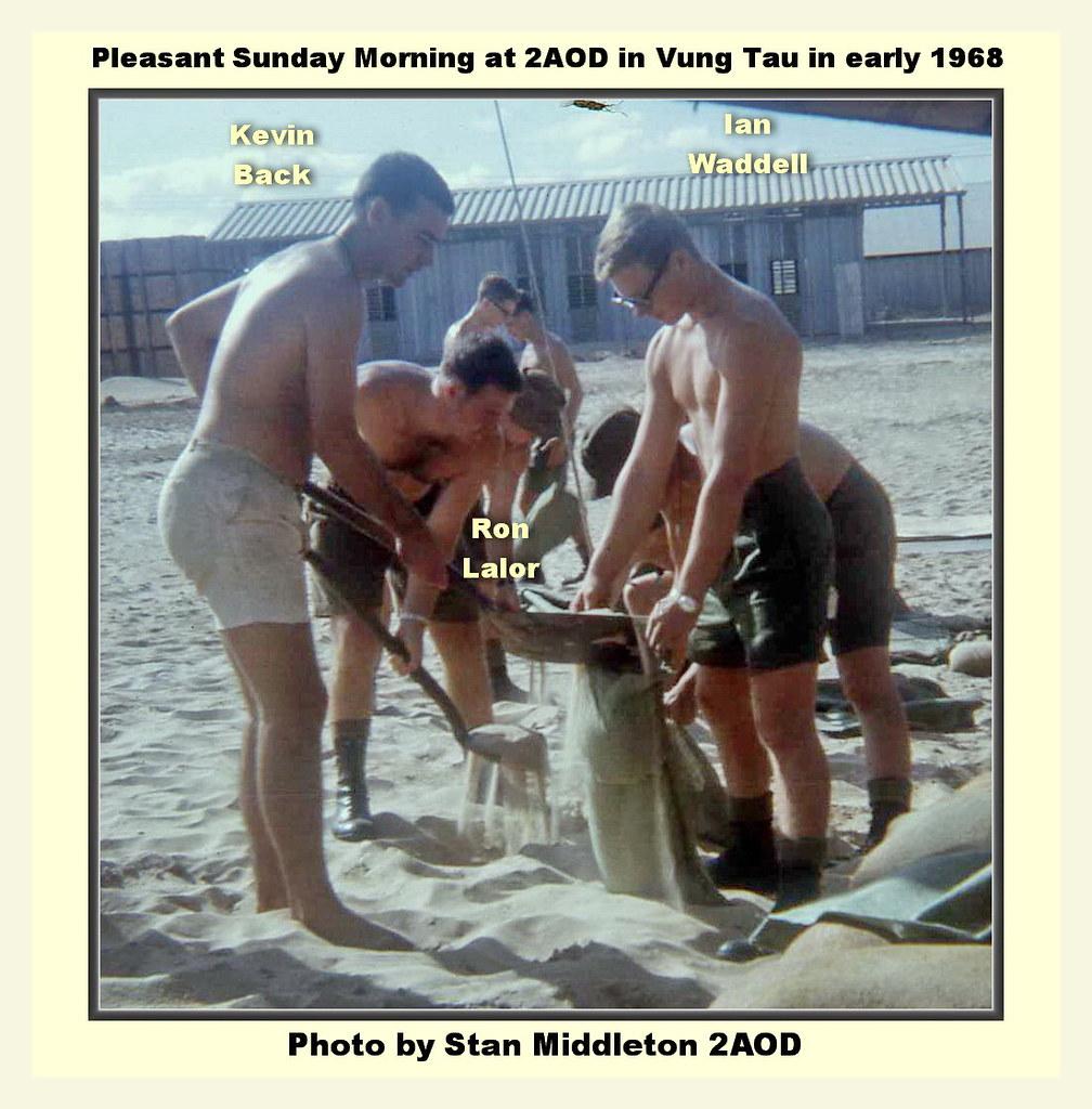 0048-Kevin Back, Ron Lalor & Ian Waddell fill sandbags at 2AOD 1968 (Stan Middleton)