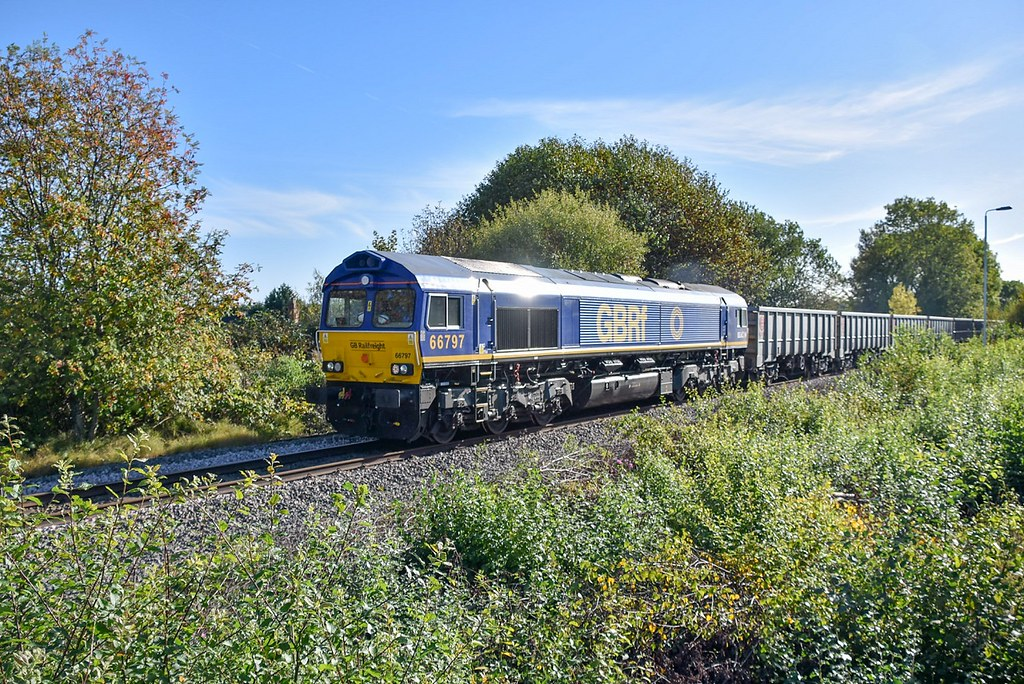 66797 takes 4H73 around the back