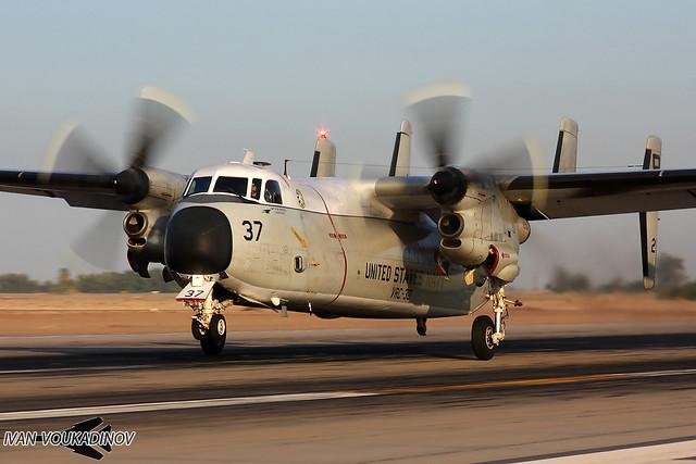 Grumman C-2A 162158 '37' VRC-30