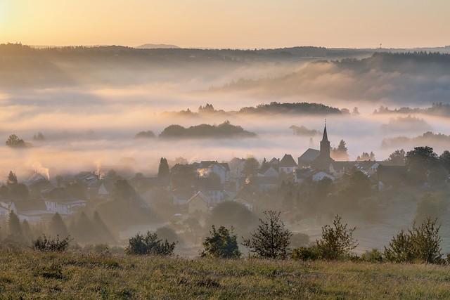 *Eifel - Dorf*
