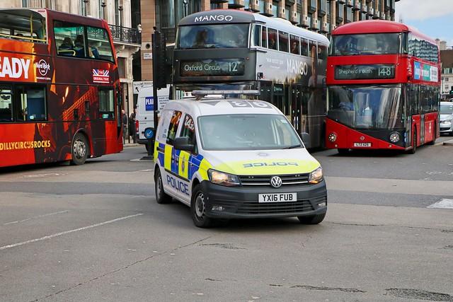 British Transport Police - YX16FUB