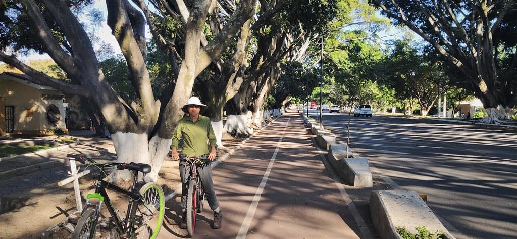 Cycling to Jocotepec and Chapala from Ajijic, Jalisco, Mexico