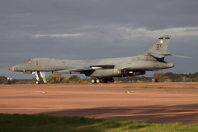 86-0110 - B-1B Lancer