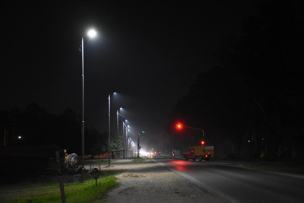 Watson supervisó renovación del parque lumínico en Ruta Nº53