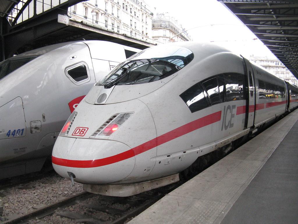 Paris: DB-Baureihe 406 ICE3MF, Gare d'Est (Paris 10e)