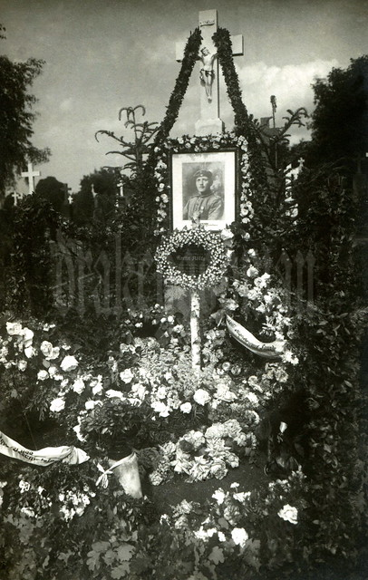 The memorial for Ersatz-Reservist Martin Rößle, complete with his Militärverdienstkreuz 3. Klasse