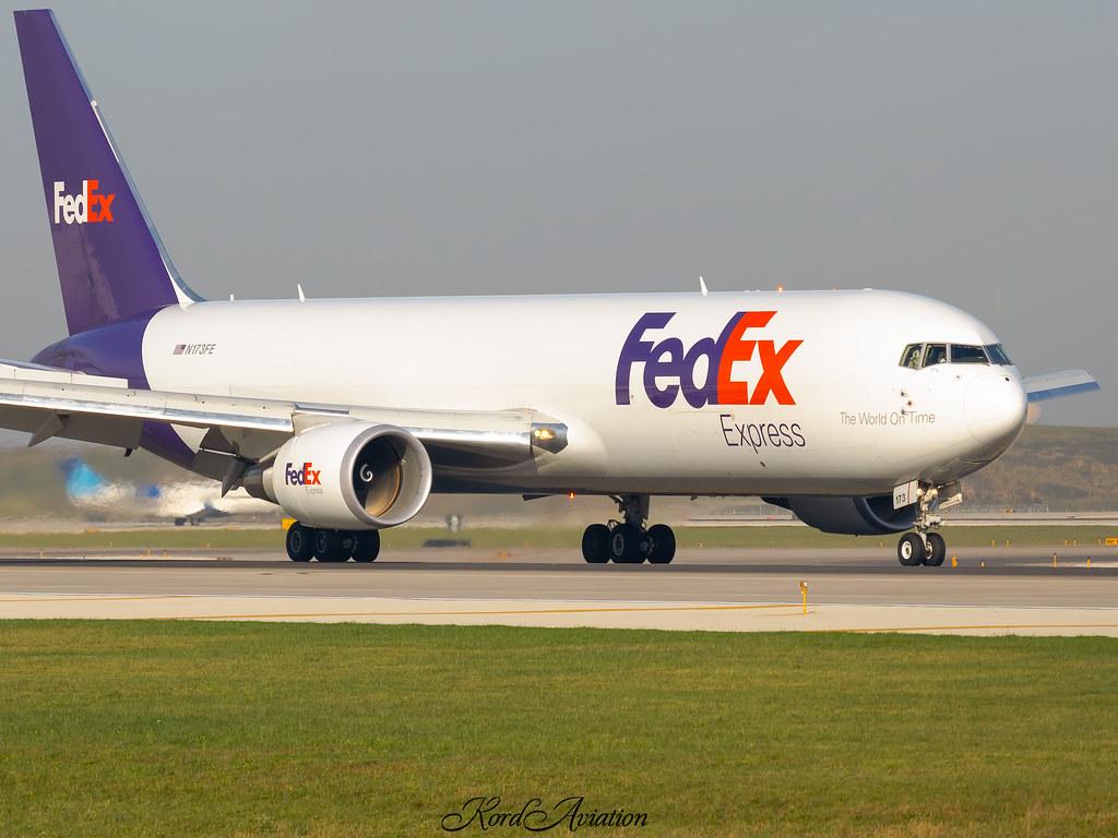 Fedex on 10C at ORD