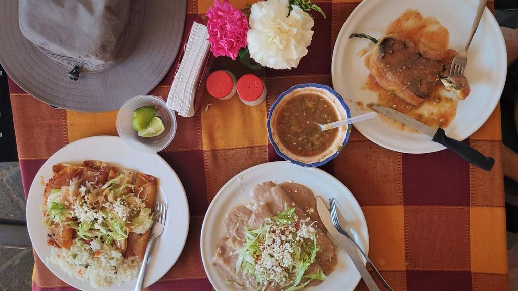 Lunch in Chapala - Cycling to Jocotepec and Chapala from Ajijic, Jalisco, Mexico