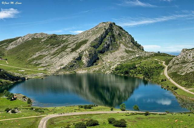 Lago Enol (Lagos de Covadonga, Asturias)