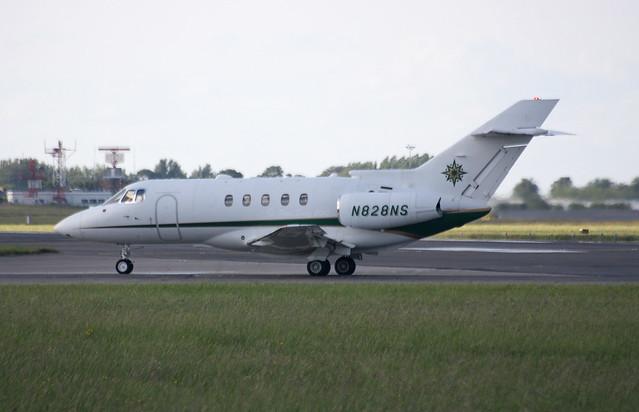 N828NS Hawker 800XP NasJets