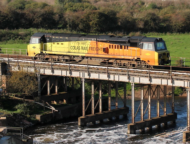 70813 crossing the River Trent