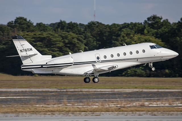 N765M - IAI 1126 Gulfstream G200 - KPDK - 13 Oct 2021