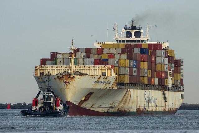 SAFMARINE MAFADI containerschip - Beerkanaal - Maasvlakte