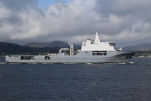 HNLMS Karel Doorman (A833)
