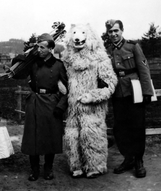 The German Iconic 'Eisbär' posing with Heer soldiers during WW2