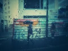 Sous la pluie d'automne