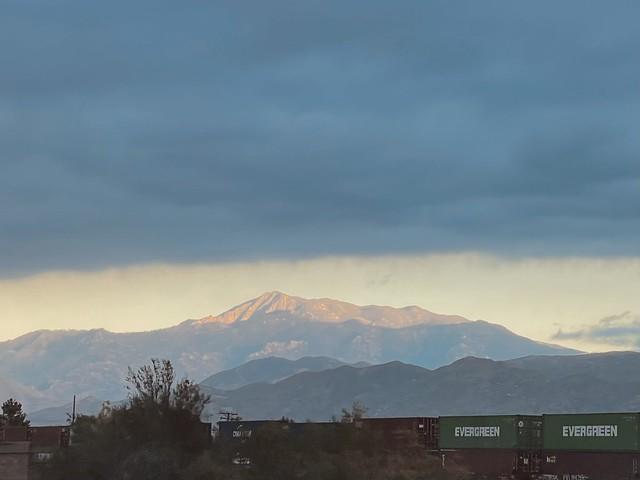 Cloud meets mountain