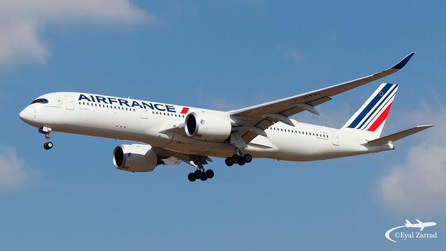 TLV - Air France Airbus A350-900 F-HTYI