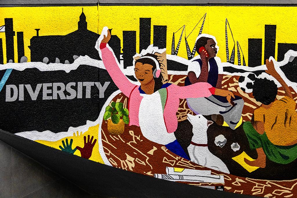 DIVERSITY mural on 10-24-21--Cape Town copy