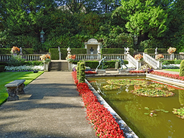 The Italian Garden at Compton Acres