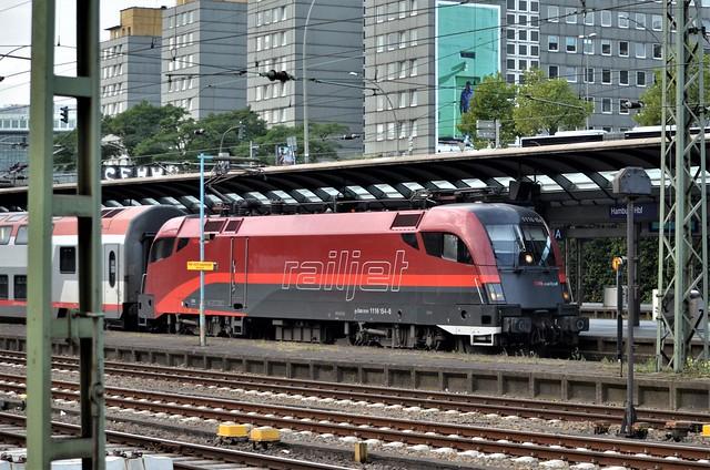 1116 154-6 (A-OBB) at Hamburg Hbf 2016 09 21