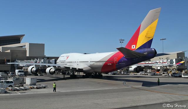 HL7418 at LAX